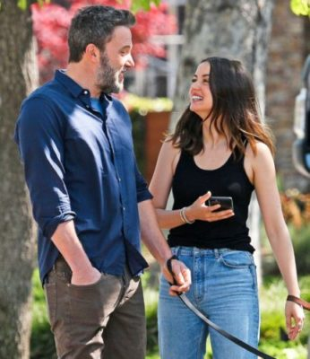 Ana de Armas with ben affleck