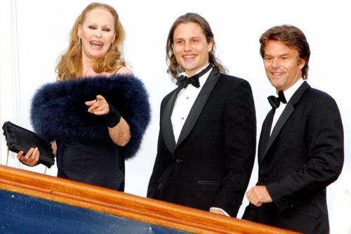 Harry Hamlin with wife Ursula and son