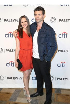 Rachael Leigh Cook with husband