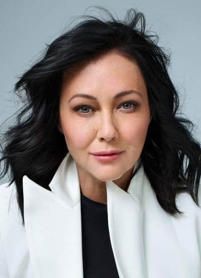 Shannen Doherty Weight, Height, Net Worth, Age, Wife, Family, Wiki, Bio