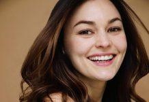Melanie Stone Weight, Height, Net Worth, Age, Boyfriend, Family, Wiki, Bio